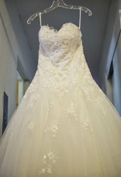 Kate's wedding dress - © Scott W Baker - NYC Wedding Photographer
