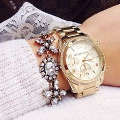 Jasmine Blossom Statement Bracelet #fashion #style #watches #clear #statementbracelet - 16,90 @happinessboutique.com
