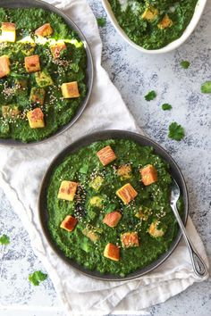 This vegan palak paneer uses chickpea tofu, replicating the texture and flavor of a soft cheese. This vegan saag, a spinach curry, uses creamy coconut milk. Paneer Recipes, Tofu Recipes, Vegan Dinner Recipes, Vegan Dinners, Lunches And Dinners, Whole Food Recipes, Vegetarian Recipes, Healthy Recipes, Healthy Food