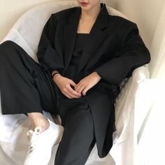 Blazer Outfits, Edgy Outfits, New Outfits, Cool Outfits, Fashion Outfits, Black Wardrobe, Korean Street Fashion, Ulzzang Fashion, Asian Style