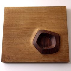 Details we like / Wood / Crafts / Organic Honeycomb / Color Transition / Dynamic Detail / at Design Binge