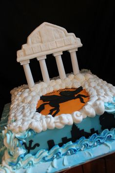 Percy Jackson and the Olympians Cake I want this for my Birthday Cake Percy Jackson Cake, Percy Jackson Birthday, Percy Jackson Books, Percy Jackson Fandom, Tio Rick, Uncle Rick, All The Bright Places, Blue Food, Rick Riordan Books