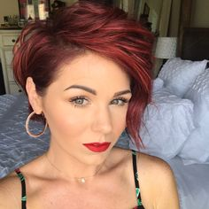 These hairstyle examples you should have absolutely seen! 10 of the most beautiful asym … - New Hair Short Hair Cuts, Short Hair Styles, Short Hair Colour, Short Sassy Hair, Haircut And Color, Red Pixie Haircut, Red Hair Pixie Cut, Pixie Haircuts, Coloured Pixie Cut