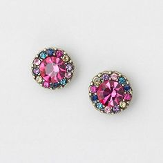 Going to Claries today to get my ears pierced. Also doing a big spring fashion and accessories haul! I will post picks of everything I get. Small Earrings, Cute Earrings, Beautiful Earrings, Jewelery, Jewelry Necklaces, Claire's Accessories, The Bling Ring, Cute Jewelry, Ear Piercings