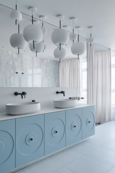 Bold And Breezy Interiors That Mix Blue And Pink Decor, With Red Accents Bathroom Red, Bathroom Sink Vanity, Modern Bathroom, Small Bathroom, Washroom, Bathroom Wall, 1920s Bathroom, Bling Bathroom, Bathroom Lighting