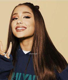 Ariana Grande recolor