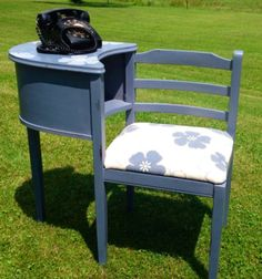 Telephone table in Old Violet Chalk Paint® by Annie Sloan     by re.invent.ed