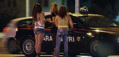 Prostituzione in viale Carlo III, scatta il bitz dei carabinieri a cura di Redazione - http://www.vivicasagiove.it/notizie/prostituzione-viale-carlo-iii-scatta-bitz-dei-carabinieri/