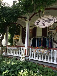 Woodstock - Pondicherry Yoga and Arts and all things twinkly