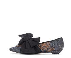 Attilio Giusti Leombruni - Tuxedo loafer in tie fabric. #agl #aglshoes #shoes #loafer #tiefabric #feminine #bow #eccentric #xmas #style #festive #look