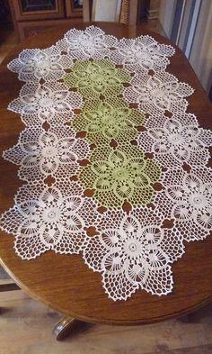 Items similar to Beautiful Crochet Tablecloth on Etsy Crochet Bedspread Pattern, Crochet Table Runner Pattern, Crochet Tablecloth, Crochet Stitches Patterns, Lace Patterns, Thread Crochet, Filet Crochet, Crochet Motif, Crochet Doilies