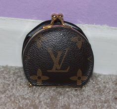 55720c7e89ef RARE Authentic Vintage Louis Vuitton Brown Monogram Canvas Expandable  Leather Compact Mirror Coin Purse REDUCED- on sale!!  )
