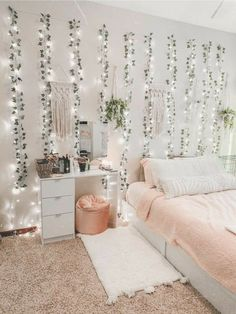 Teenage Room Decor, Bedroom Decor For Teen Girls, Cute Teen Rooms, Cozy Teen Bedroom, Teen Wall Decor, Rooms For Teenage Girl, Cute Bedroom Ideas For Teens, Cheap Bedroom Ideas, Cheap Room Decor