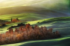 Light on Tuscan waves by Jaroslaw Pawlak on 500px