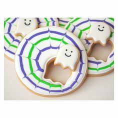 How to make these Sneaky Little Ghost Cookies