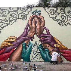 Amazing street art graffiti by a street artist Murals Street Art, Graffiti Wall Art, Mural Wall Art, Street Art Graffiti, Urban Street Art, Best Street Art, 3d Street Art, Amazing Street Art, Street Artists