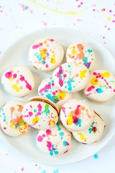 Splatter painted French macarons - so easy to make with edible food paint!