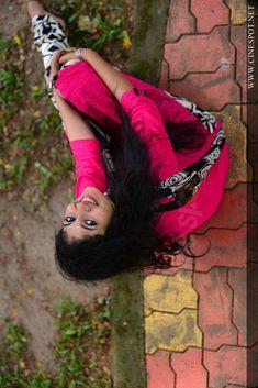 South Indian Actress, Beautiful Indian Actress, Beautiful Actresses, Photography Poses Women, Portrait Photography, Nature Photography, Indian Natural Beauty, Indian Models, Beautiful Saree