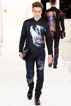 Issey Miyake SpringSummer 2015 Collection - Paris Fashion Week - DerriusPierreCom036