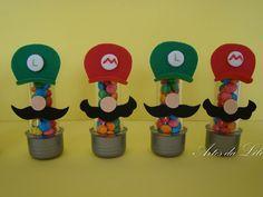 Mini tubetes decorados em EVA para festa com tema Mário Bros Tubete Grande: R$3,00 Preço do tubete vazio Pedido Mínimo: 10 unidades