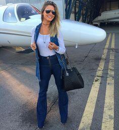 "Andressa Suita Lima no Instagram: ""Bye bye SP...✈️ Com esse look jeans @bebelajeansoficial  #calçajeans #coletejeans #bebelajeans #suitaveste"""
