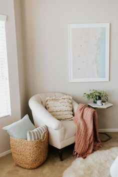 How to decorate your reading nook - a mix of mid-century modern, bohemian, and industrial interior style. home and apartment decor, Decoration Bedroom, Home Decor Bedroom, Living Room Decor, Dining Room, Design Bedroom, Room Kitchen, Bedroom Nook, Bedroom Corner, Bedroom Chair