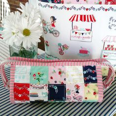 Vintage Market Sew Together Bag · happy little cottage · Online Store Powered by Storenvy Sewing Crafts, Sewing Projects, Sew Together Bag, Vintage Market, Mug Rugs, Nail Arts, Pouches, Bag Making, Hand Sewing