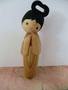 kokeshi japanese wooden dolls -