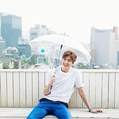 http://leeminhofansitechile.blogspot.com.es/2015/10/video-fotos-lee-min-ho-para-promiz-2015.html