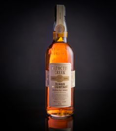 Kings Mountain American Malt Whisky on Packaging of the World - Creative Package Design Gallery