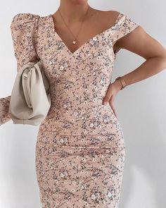 Fashion Inspiration And Casual Outfit Ideas Polka Dot Mini Dresses, Color Block Bikini, Cut Out Swimsuits, Spring Fashion, Style Fashion, Fit Flare Dress, Blouse Designs, Casual Outfits, Style Inspiration