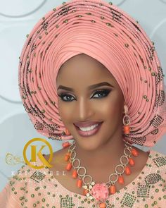 30 Nigeria Gele styles to try this Saturday - Ankara Lovers African Wedding Attire, African Attire, African Fashion Dresses, African Dress, Natural Wedding Makeup, Wedding Makeup Looks, African Beauty, African Women, Maquillage Yeux Cut Crease