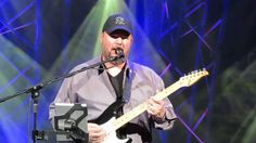 Christopher Cross - Arthur's Theme (Best That You Can Do) & Ride Like Th...