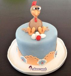 Easter Chicken - Cake by Naike Lanza Fondant Cakes, Cupcake Cakes, Cupcakes, Crazy Cakes, Fancy Cakes, Hen Party Cakes, Duck Cake, Art Deco Cake, Chicken Cake