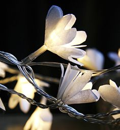 DIY Christmas lights with paper flowers