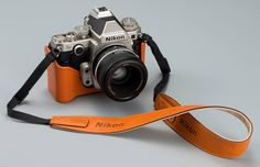 Nikon Df DSLR camera – old school modernism And now, thanks to Nikon, we can have it all! A modern DSLR camera, that looks and feels old. Quite frankly, it is stunning