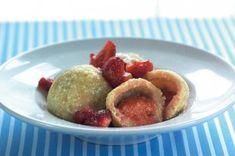 10x ovocné knedlíky | Apetitonline.cz Vegan Desserts, Tofu, Nom Nom, Sweet Tooth, Pancakes, Paleo, Muffin, Cooking, Healthy