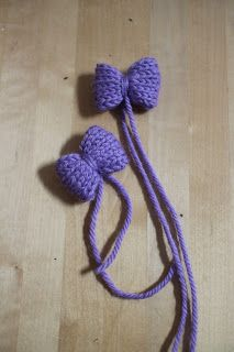 Neulepaloja: 8. Säärystimet jumppatytölle. Crochet Necklace, Jewelry, Fashion, Templates, Moda, Jewlery, Jewerly, Fashion Styles, Schmuck