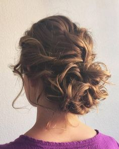 [tps_header] Wedding hairstyles from Hair & Makeup by Steph (adsbygoogle = window.adsbygoogle || []).push({}); [/tps_header] We're obsessed with these wedding hairstyles from Hair & Makeup by Steph! Step...