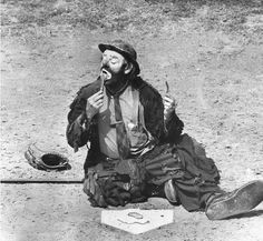 Emmett Kelly, one of my two favorite clowns. I love watching him try to sweep up the spotlight. Photograph by Art Rogers / Los Angeles Times