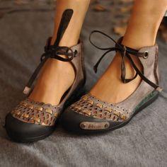 Cute Shoes, Women's Shoes, Me Too Shoes, Shoe Boots, Flat Shoes, Trendy Shoes, Platform Shoes, Look Gamine, Suede Flats
