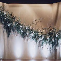 White and natural tone. #kaidangdesign #wedding #thailandweddingexpert #weddingplanner #weddingdesign #weddingidea #decoration #event #weddingplannerinthailand #weddingthailand #weddingdecoration #weddingday #thailandweddingplanner #thaiwedding #thailandwedding #weddingplannerthailand #weddingdecor #flowerdesign #flowerinstallation #installationart #pongpitchxnutchasince2005