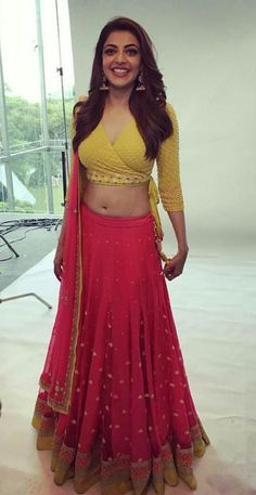 Sexy Saree and Navel Show - Most viewed pictorial on MB!! - Page 5201