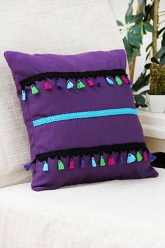 Mor, Püsküller ve Mavi Şeritli Yastık Kılıfı Gift Concept | Trendyol