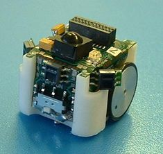 Alice Micro Robot front-view