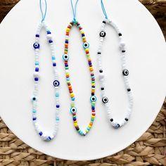 Diy Crafts Jewelry, Bracelet Crafts, Cute Jewelry, Handmade Jewelry, Bead Jewellery, Beaded Jewelry, Beaded Bracelets, Pulseras Kandi, Diy Necklace