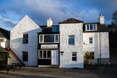 The Bellachroy Inn - The Oldest Inn on Mull Loch Fyne, Local Seafood, Local Bars, Malt Whisky, Brewery, Platforms, Cosy, Old Things, Mansions
