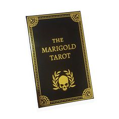 What Are Tarot Cards? Made up of no less than seventy-eight cards, each deck of Tarot cards are all the same. Tarot cards come in all sizes with all types Tarot Card Tattoo, What Are Tarot Cards, Overlays Tumblr, Astrology Aquarius, Tarot Card Meanings, Tarot Readers, Oracle Cards, Card Reading, Tarot Decks