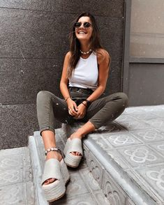 145 cool and casual summer outfits ideas – page 16 Casual Summer Outfits, Spring Outfits, Trendy Outfits, Looks Style, Looks Cool, Mode Outfits, Fashion Outfits, Womens Fashion, Inspiration Mode