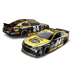 Chase Elliott Action Racing 2016 Darlington #24 NAPA 1:24 NASCAR Sprint Cup Series Autographed Color Chrome Die-Cast Chevrolet SS